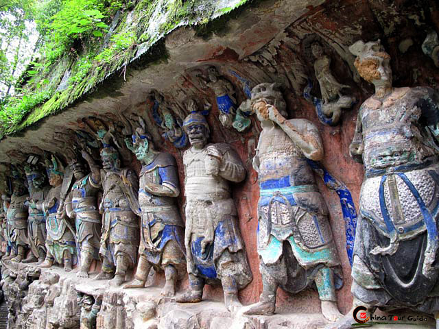 chongqing women, dazu rock carvings