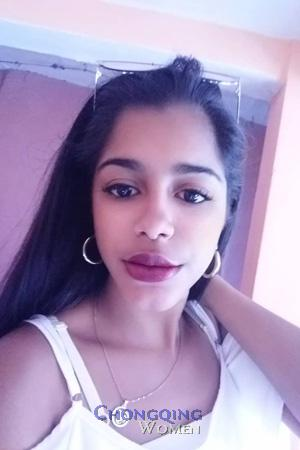 194369 - Claudia Age: 21 - Colombia